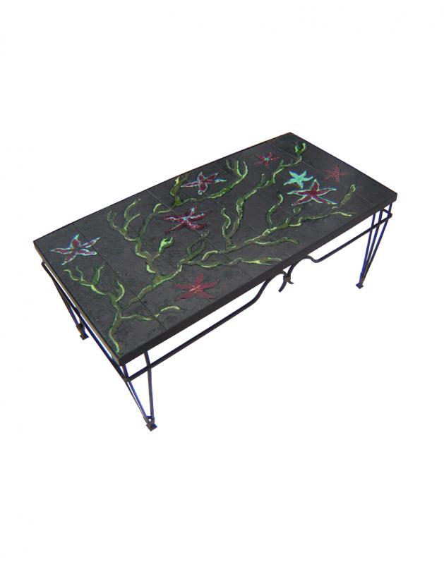Enamelled coffee table (121)