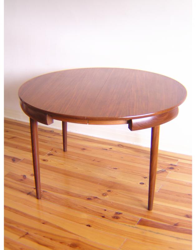 Hans Olsen Dining Table  (11)