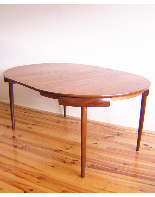 Hans Olsen Dining Table  (9)